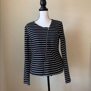 Mossimo Jacket Black and White Size Medium 🌤